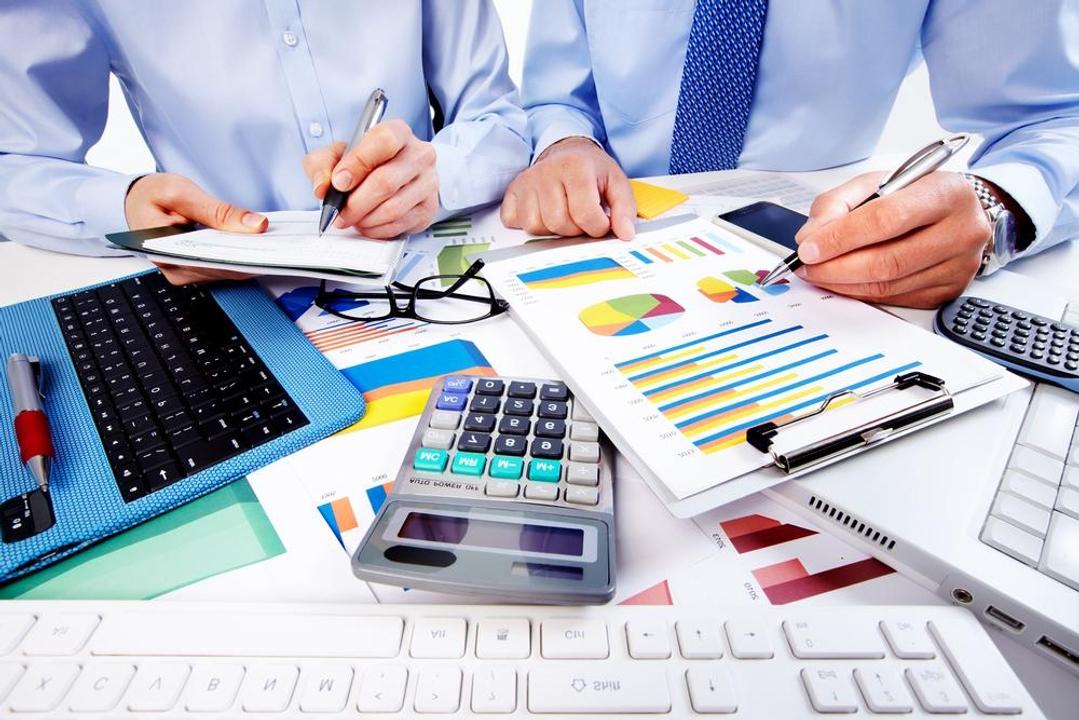 Noi facilități fiscale, prorogarea unor termene și eșalonări pe 12 luni la plata taxelor, fără garanții, pentru firmele afectate de criza COVID
